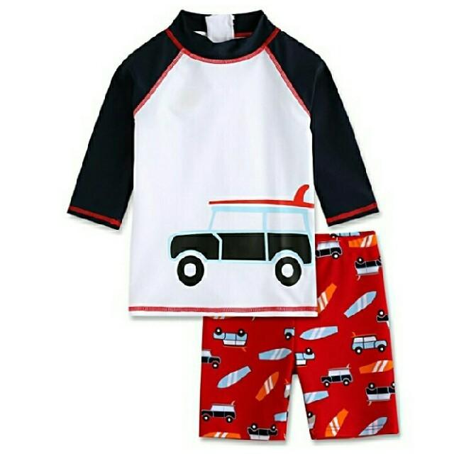 adidas(アディダス)のかわいい自動車柄 ボーイズ水着 長袖ラッシュガード110-120㎝ 上下セット キッズ/ベビー/マタニティのキッズ服 男の子用(90cm~)(水着)の商品写真