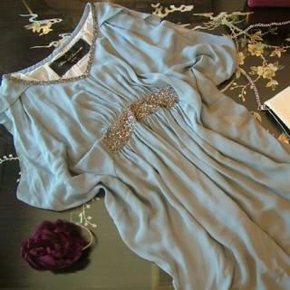 アバハウスドゥヴィネット(Abahouse Devinette)のアバハウス ドゥビネット ドレス ワンピース ビーズ 絹 シルク 高級 グレー系(ひざ丈ワンピース)