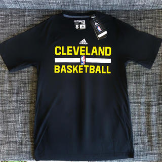 adidas - NBA キャブス Tシャツ