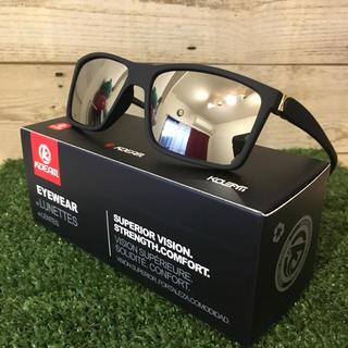 新品 軽量 偏光サングラス シルバー ミラーレンズ UV400