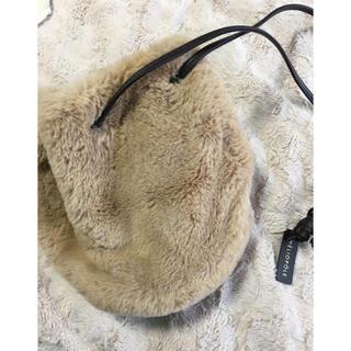 エリオポール(heliopole)の【送料込】エリオポール ファー 巾着バッグ(ショルダーバッグ)