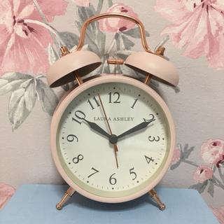 ローラアシュレイ(LAURA ASHLEY)の【新品未使用】ローラアシュレイの目覚まし時計 ピンク(日用品/生活雑貨)