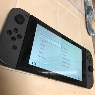 ニンテンドースイッチ(Nintendo Switch)のニンテンドースイッチ  本体+ジョイコン 8/15限定価格(家庭用ゲーム本体)