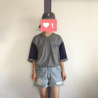 adidas - adidas ロゴ刺繍TEE