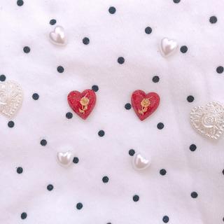 キラキラ薔薇のハートピアス ヴィンテージ レトロ ゆめかわいい レジン(ピアス)