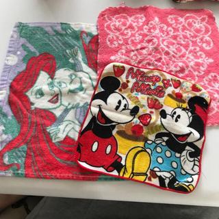 ディズニー(Disney)のボディーショップ&ディズニータオルハンカチ3枚セット♥︎600円(ハンカチ)