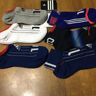 アディダス(adidas)のアディダス くつ下21-23(靴下/タイツ)
