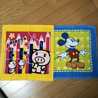 ディズニー(Disney)のハンドタオル2枚セット(ハンカチ)