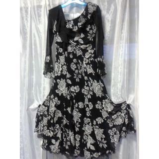 美品 社交ダンスドレス 動き易いストレッチが嬉しい 黒×白花柄(その他ドレス)