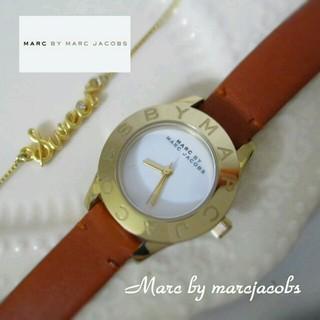 マークバイマークジェイコブス(MARC BY MARC JACOBS)のMBM BLADE watch 金×茶(腕時計)