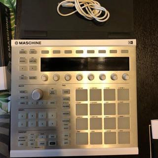 maschine MK2 おまけ Native Instrument専用スタンド(MIDIコントローラー)