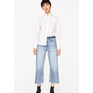 ザラ(ZARA)の新品ZARAワイドレグ裾スリット入りジーンズ36(デニム/ジーンズ)