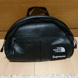 シュプリーム(Supreme)の【美中古】supreme north face leather waistbag(ウエストポーチ)