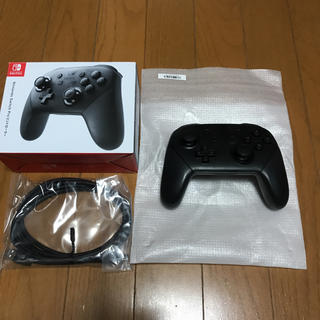 ニンテンドースイッチ(Nintendo Switch)のswitch プロ コントローラー(家庭用ゲーム本体)