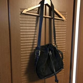 コーチ(COACH)のold COACH 巾着型スエードレザーショルダーバッグ(ショルダーバッグ)