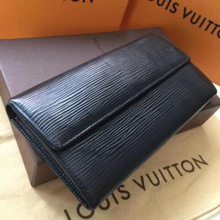 ルイヴィトン(LOUIS VUITTON)の正規品ルイヴィトンエピ長財布(財布)