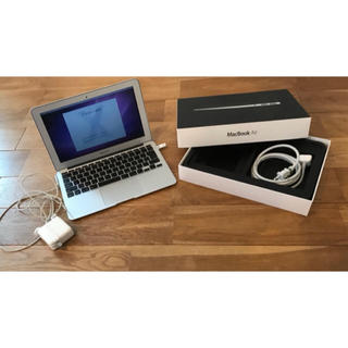 マック(Mac (Apple))のMacBook Air MC505J/A (ノートPC)