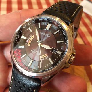 シチズン(CITIZEN)の【美品】シチズン エコドライブ ソーラー電波時計 CB0011-18E(腕時計(アナログ))