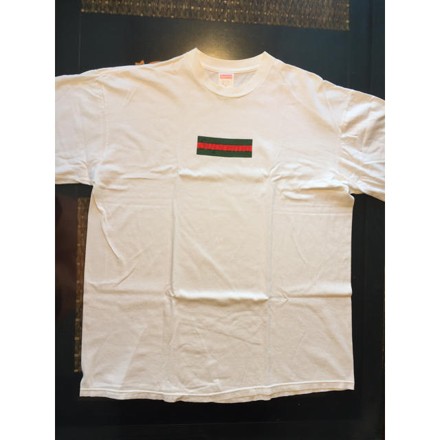 supreme supreme gucci boxロゴ レア white シュプリーム tシャツの