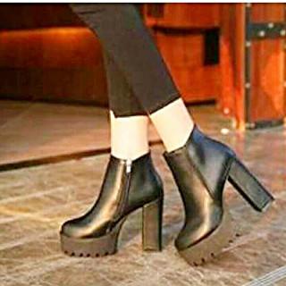 送料無料♪お値下げしました♪大人っぽいブーツ 黒 24.5㎝(*^^*)(ブーツ)