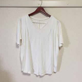 白VネックTシャツ ゆったりめ(Tシャツ(半袖/袖なし))