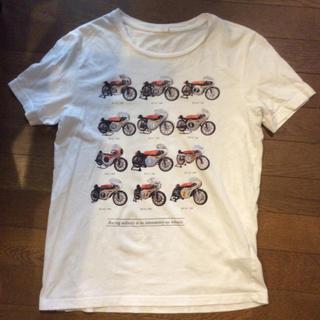ジーユー(GU)のGU tシャツ(Tシャツ/カットソー(半袖/袖なし))
