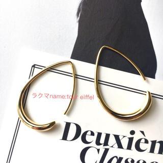 ドゥーズィエムクラス(DEUXIEME CLASSE)の限定値下!新品 ドゥーズィエムクラス 18kgf ゴールド 曲線美ピアス(ピアス)