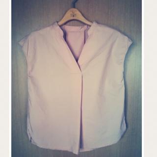 ジーユー(GU)のGU スキッパーシャツ/フレンチ袖ブラウス(シャツ/ブラウス(半袖/袖なし))