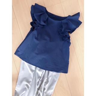 アナトリエ(anatelier)の1回着用のみの美品❣️アナトリエAnatelier袖フリルトップス M ブラウス(シャツ/ブラウス(半袖/袖なし))