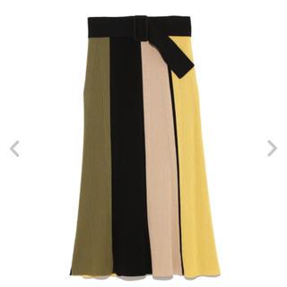 ミラオーウェン(Mila Owen)のミラオーウェン ベルト付きパネルニットスカート(ロングスカート)