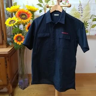 ジーユー(GU)の✨【HONDA+GU 】ホンダ 黒色の半袖シャツ2Lサイズ♪(シャツ)