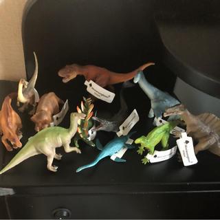 ディズニー(Disney)の新品 ミニチュアプラネット 恐竜 11種類(その他)