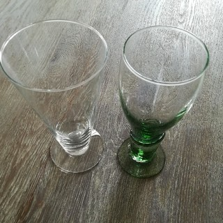 トウヨウササキガラス(東洋佐々木ガラス)の佐々木ガラスと海外製グラス(グラス/カップ)