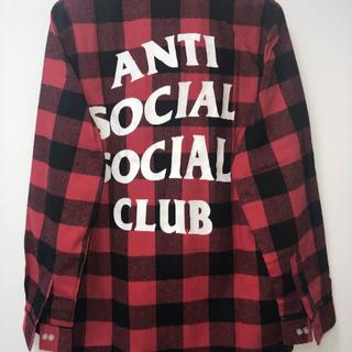アンチ(ANTI)のANTI SOCIAL SOCIAL CLUBシャツ チェックシャツ レッド L(カットソー(長袖/七分))