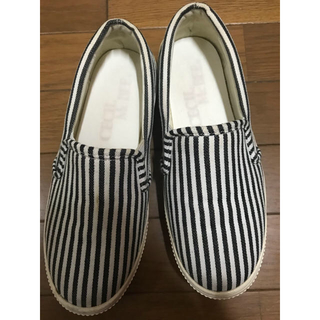 セシルマクビー(CECIL McBEE)の厚底 靴 CECIL Mc BEE スリッポン(スリッポン/モカシン)