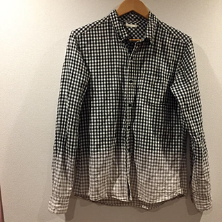 ジーユー(GU)のグラデーションシャツ(シャツ)