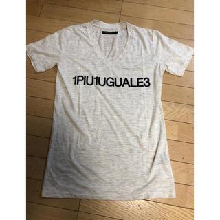 ウノピゥウノウグァーレトレ(1piu1uguale3)のウノピュウ ロゴTシャツ(Tシャツ/カットソー(半袖/袖なし))