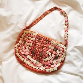 アンティックバティック(Antik batik)の⭐️ ANTIK BATIK ビーズ バッグ 美品(ハンドバッグ)