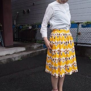 ビュルデサボン(bulle de savon)の親指姫プリント 後ろゴム ギャザースカート(ひざ丈スカート)