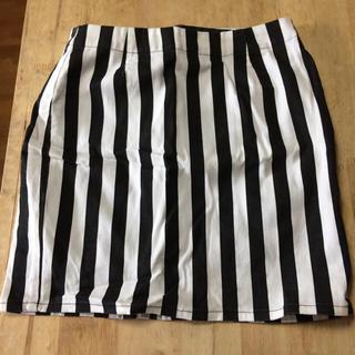 ジーユー(GU)のストライプスカート(ミニスカート)