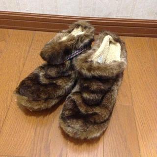 コロンビア(Columbia)のモコモコ靴(ブーツ)