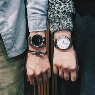 どんな服装にも合う★カジュアル ペアウォッチ!男女兼用モデル ブラック&ホワイト(腕時計(アナログ))