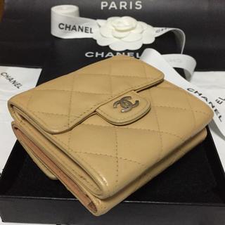 シャネル(CHANEL)の美品✨CHANELコンパクト財布✨マトラッセ✨バイカラー✨ベージュ/ブラウン✨(財布)