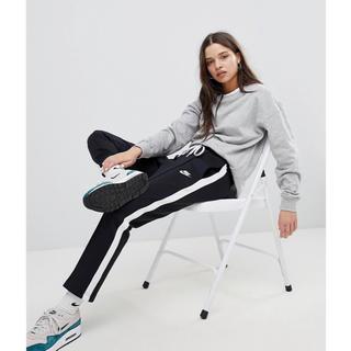 adidas - 【Mサイズ】新品未使用 NIKE トラックパンツ ジャージ ブラック