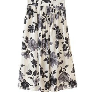 トランテアンソンドゥモード(31 Sons de mode)のトランテアンソンドゥモード 大花柄スカート(ひざ丈スカート)