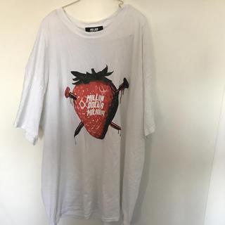 ミルクボーイ(MILKBOY)のMILKBOY berry いちごMDM Tシャツ  ホワイト ミリオンダーラー(Tシャツ(半袖/袖なし))