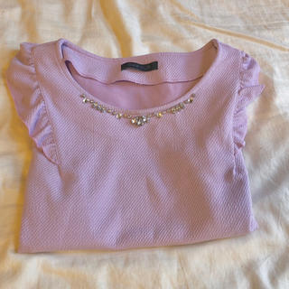 アベイル(Avail)のアベイル ビジュー付き半袖(カットソー(半袖/袖なし))