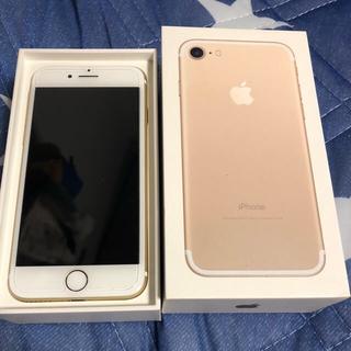 iPhone - iPhone7 ゴールド128GB docomo SIMロック解除済み