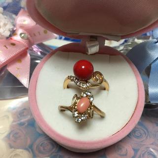 天然赤珊瑚とジルコニアのリング(おまけ付き)(リング(指輪))