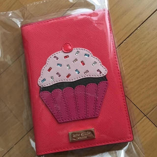 kate spade new york - ケイトスペードニューヨーク カップケーキ パスポートケース